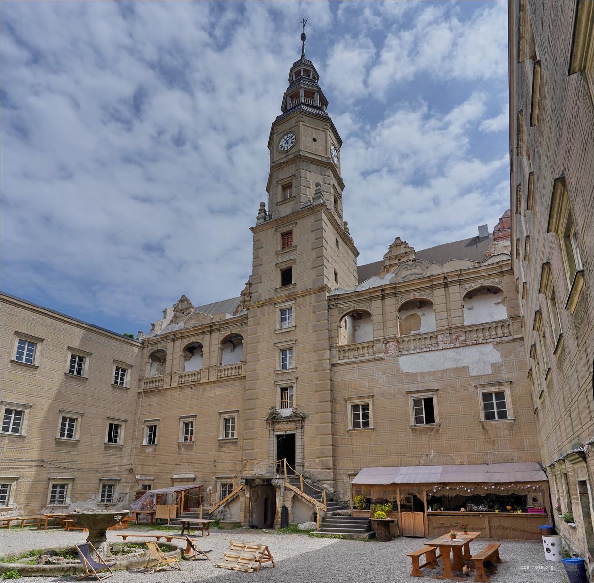 Pałac Gorzanów czerwiec 2021, cz.1