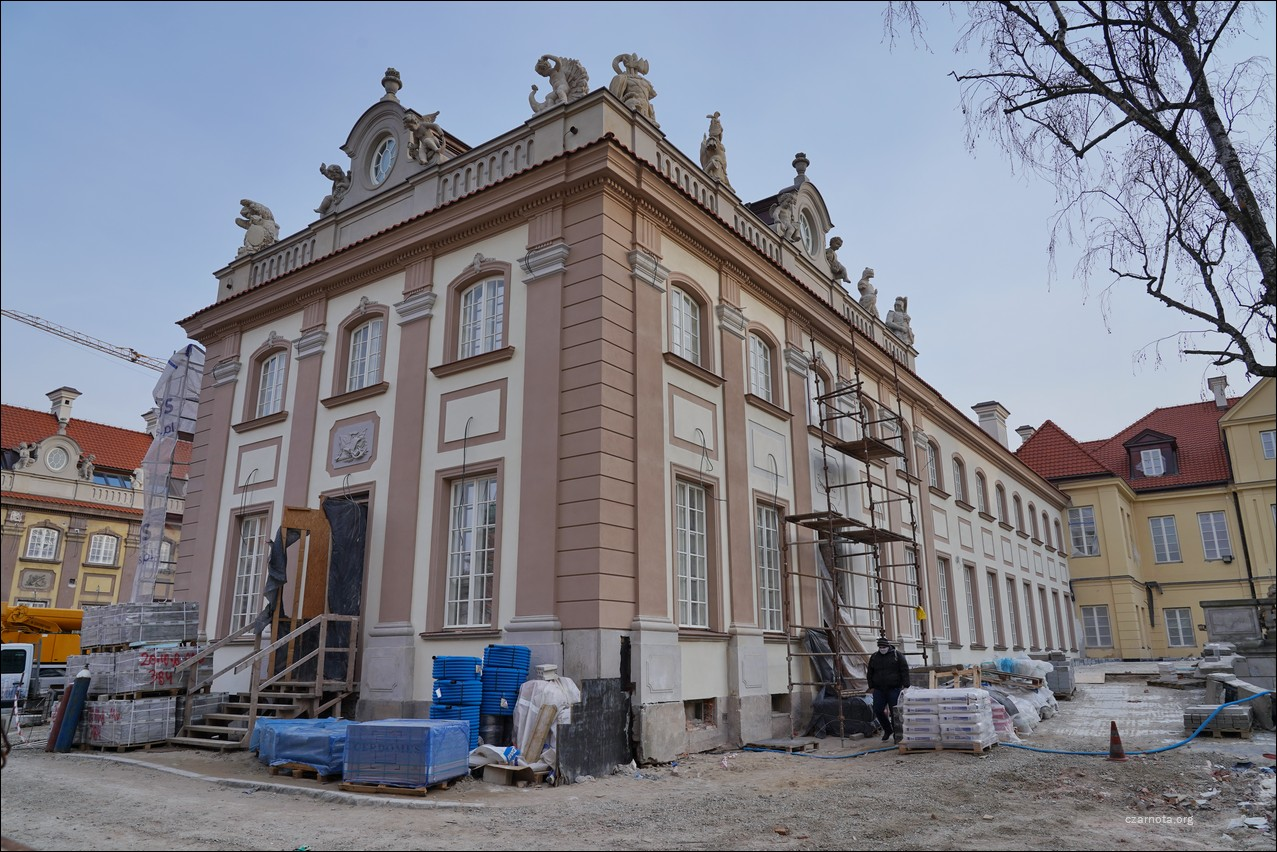 Warszawa, ul. Miodowa 6, ul. Podwale 3 i 5, Pałac Branickich, remont