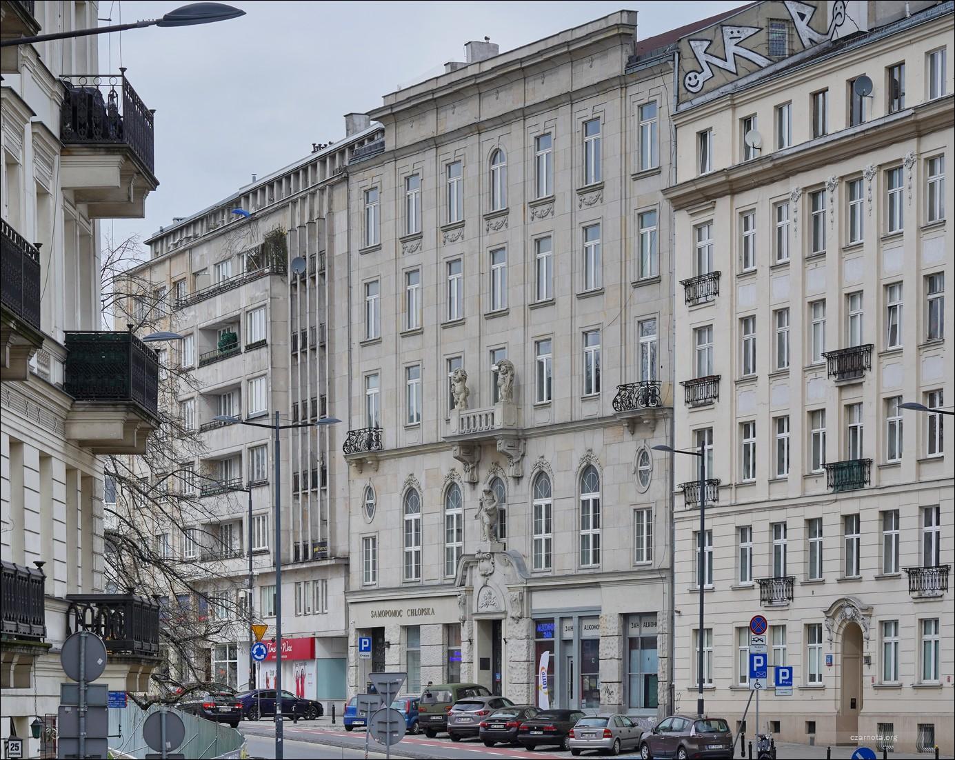 Warszawa, ul. Juliana Bartoszewicza 1, 1a, ul. Kopernika 30 w 2010 i 2021