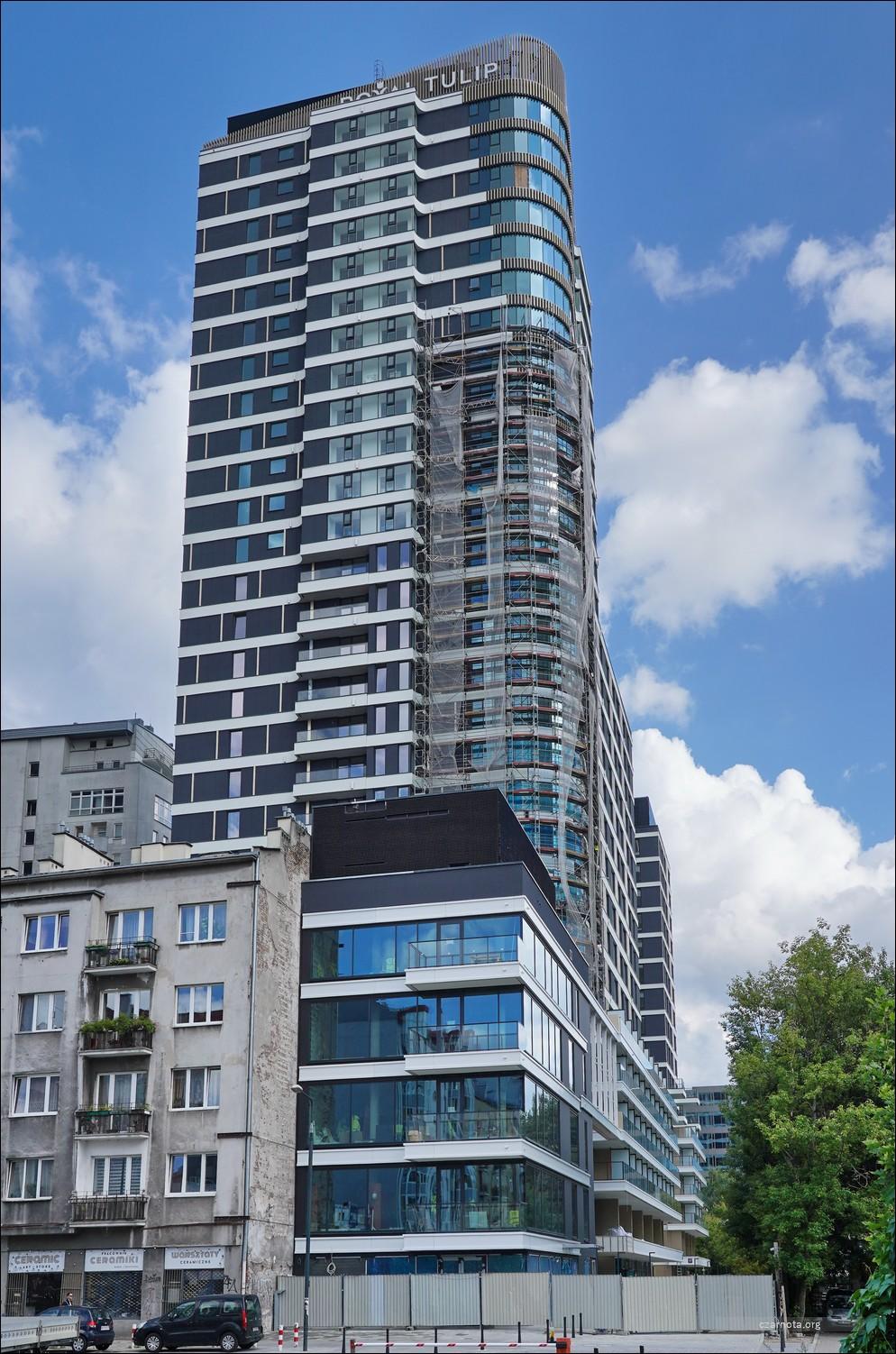 Warszawa, ul. Grzybowska 49, Royal Tulip Warsaw Apartments.