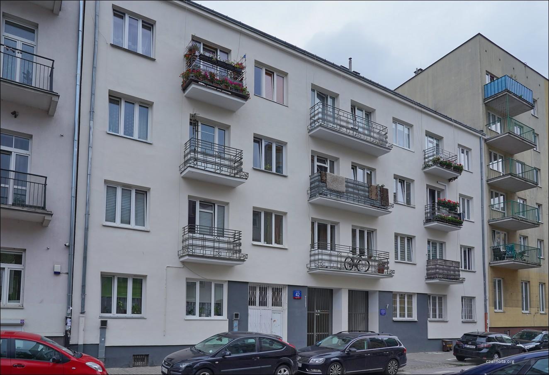 Warszawa, ul. Strzelecka 42