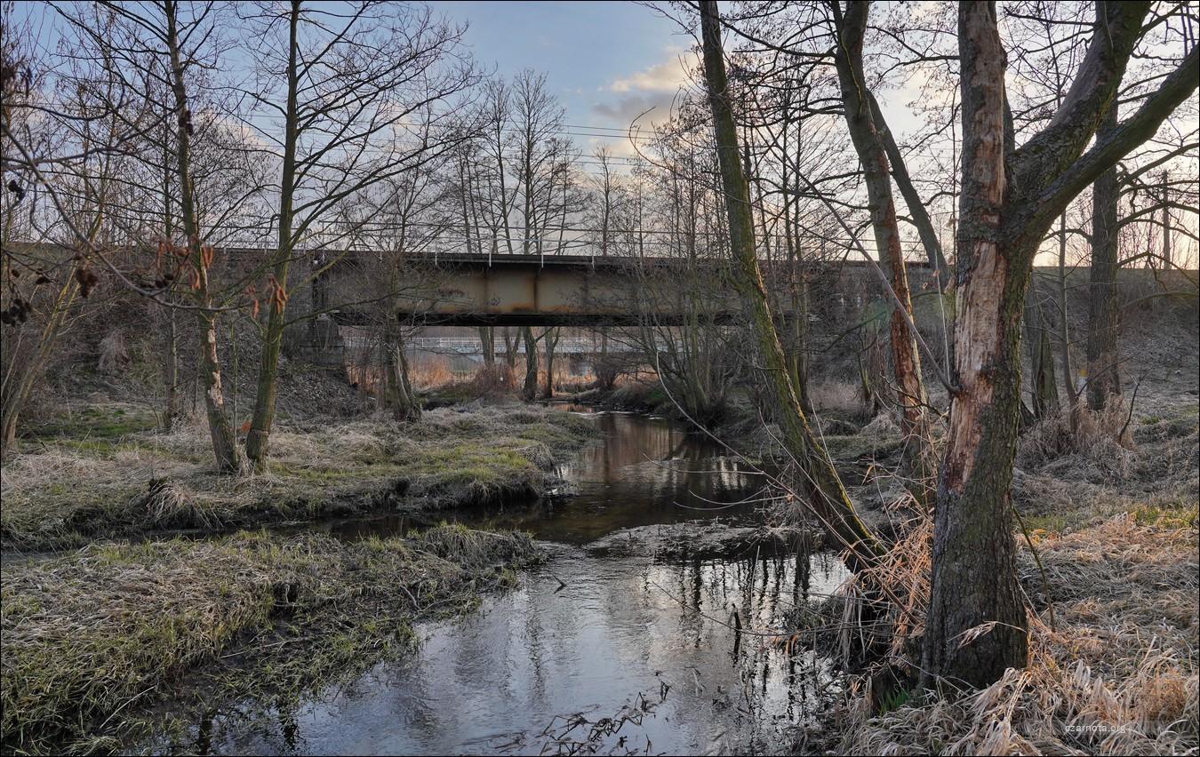 Sieradz, Most na rzece Myja