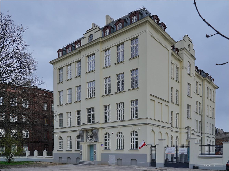 Łódź, ul. Ogrodowa 28d w 2019 i 2021