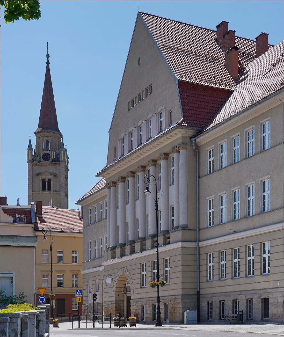 Wałbrzych, ul. Limanowskiego 12, Zespół Szkolno-Przedszkolny Nr 5 w 2013 i 2021
